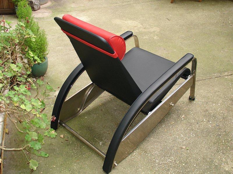 coulon et fils restaurations contemporaines 072 fauteuil grand repos jean prouve. Black Bedroom Furniture Sets. Home Design Ideas